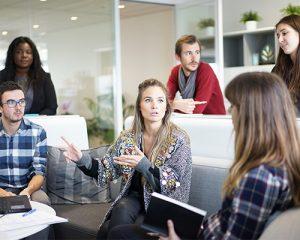 Discussion de l'équipe webmarketing